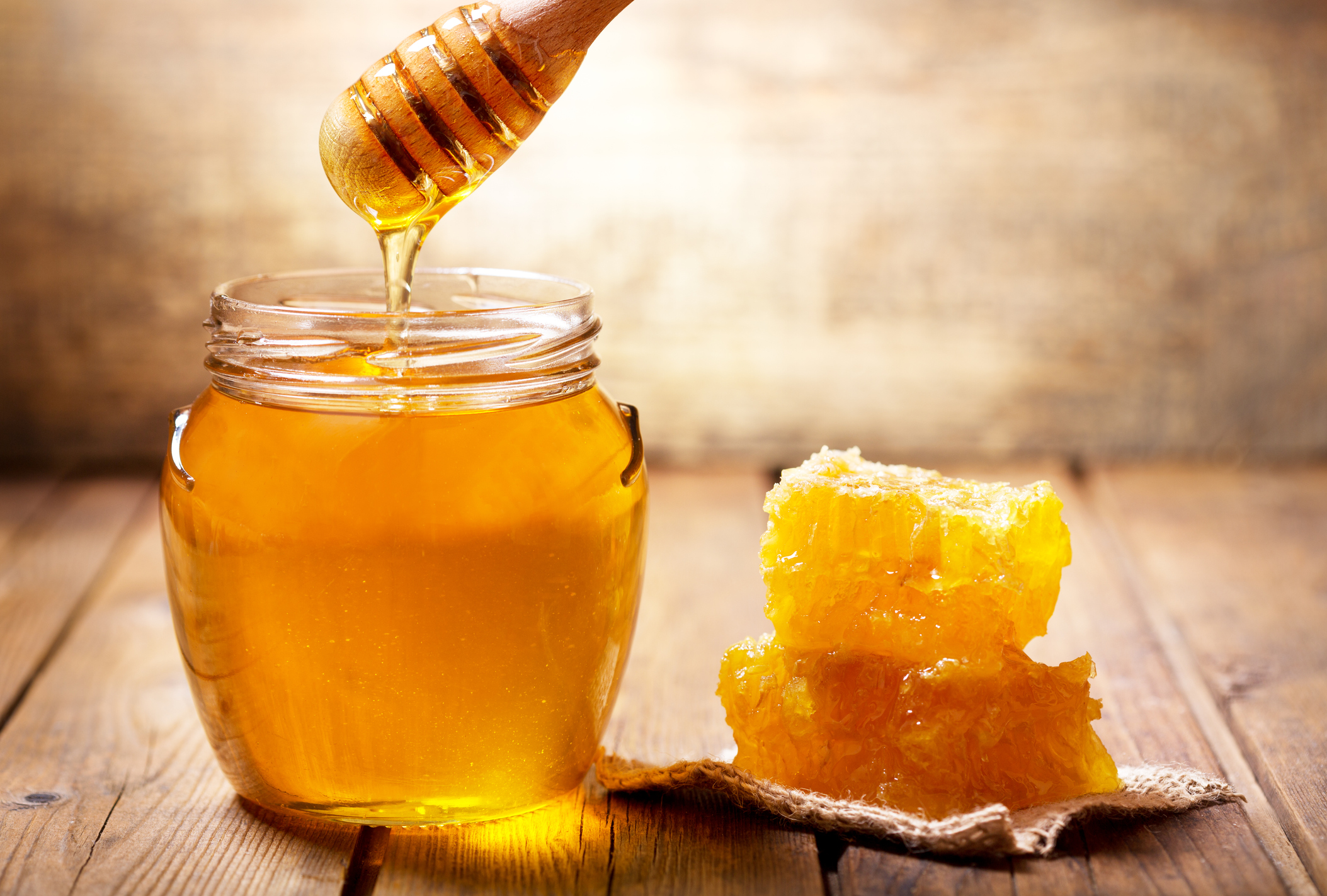 Ultra Moisturizing Raw Honey Face Mask