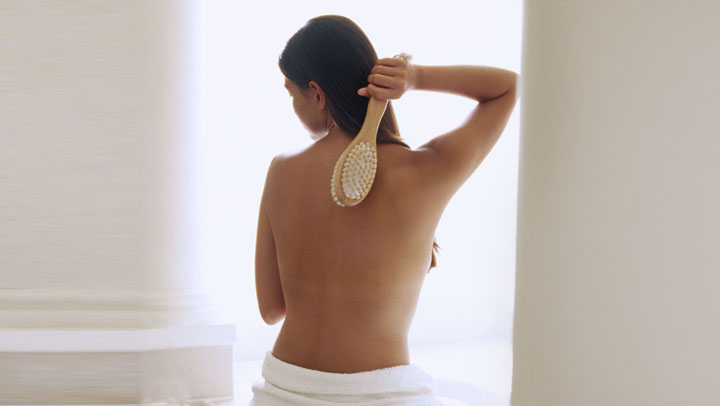 Reverse Aging Build Immunity with Skin Brushing