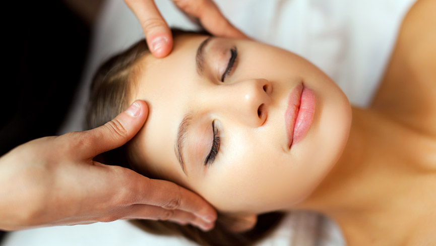 5 Minute Acupressure Facial to Look & Feel Better